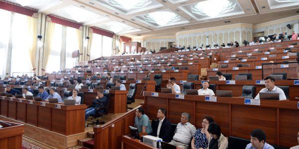 Депутаты ЖК с 6 раза смогли проголосовать за законопроект о профсоюзах. Документ принят во втором чтении