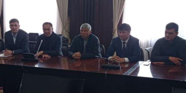 Создан Народный координационный совет, он считает выдвижение Садыра Жапарова незаконным